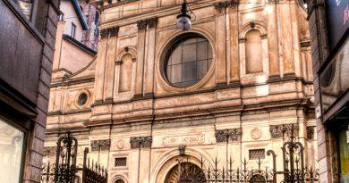 23. Farsi ingannare dal trompe l'oeil più ingegnoso in Santa Maria presso San Satiro